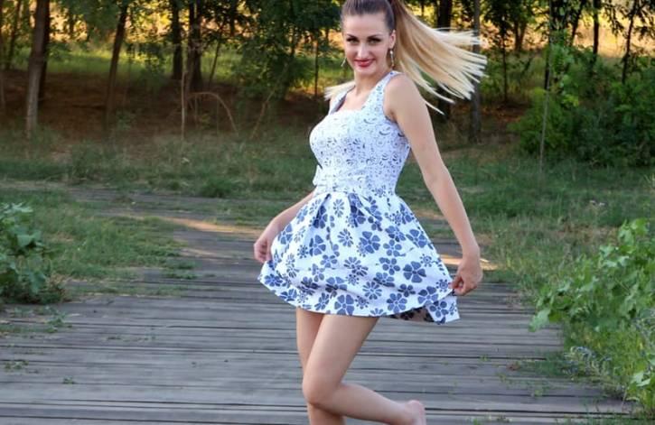 sukienka-dla-nastolatki